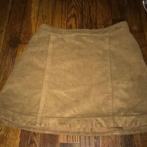 NWOT Abercrombie size 0 faux suede mini skirt